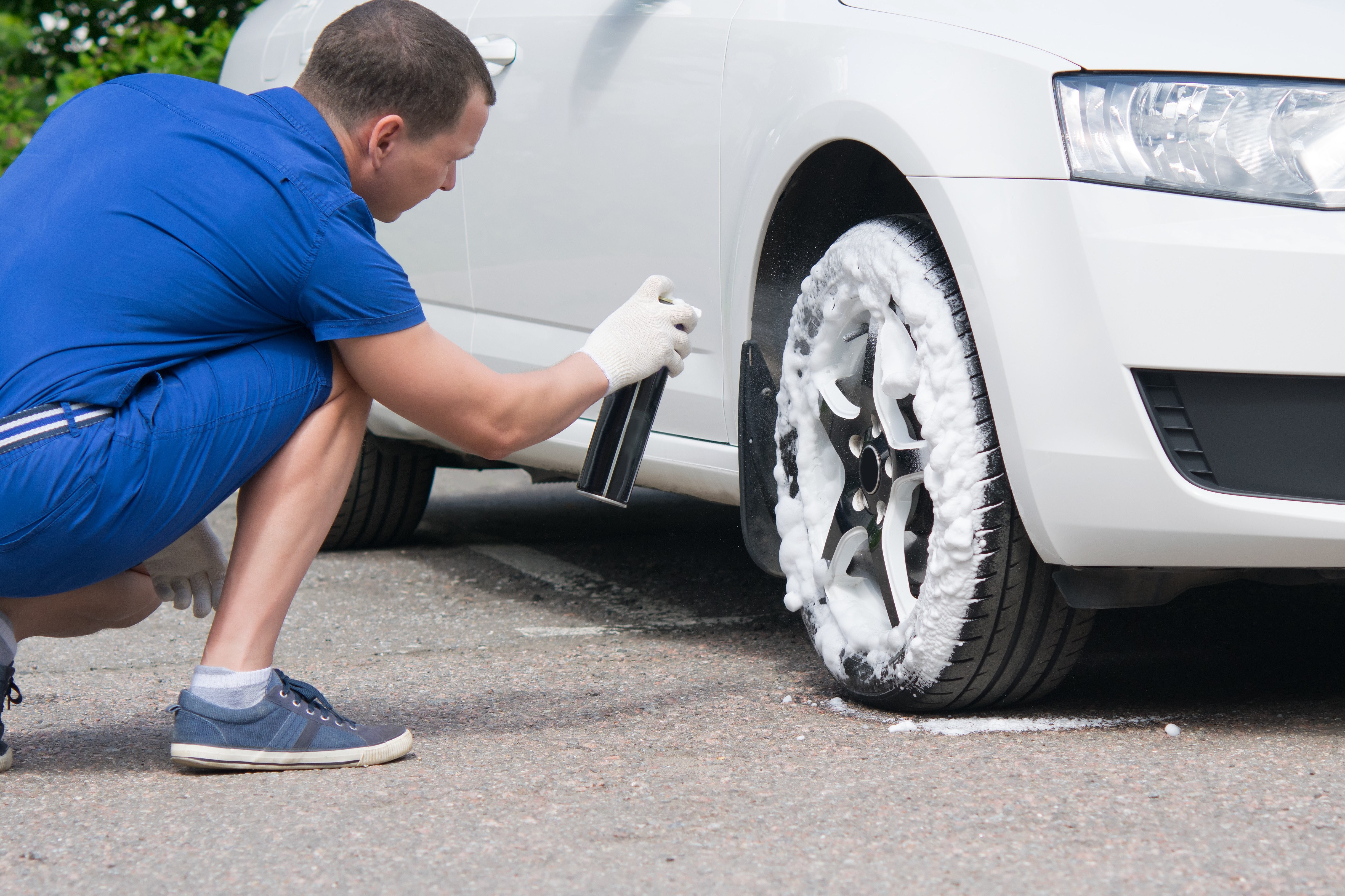 Help Your Customers Keep Their Tires Clean with Armor All Tire Foam