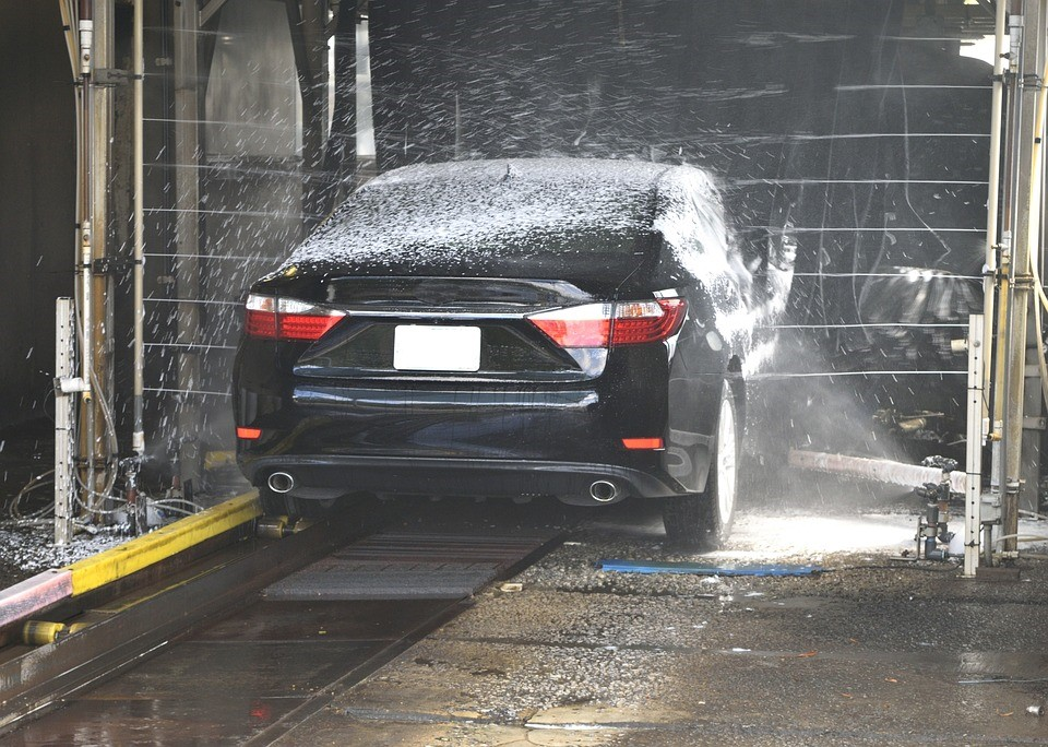 6 Ways to Improve the Eco-Friendliness of Your Car Wash