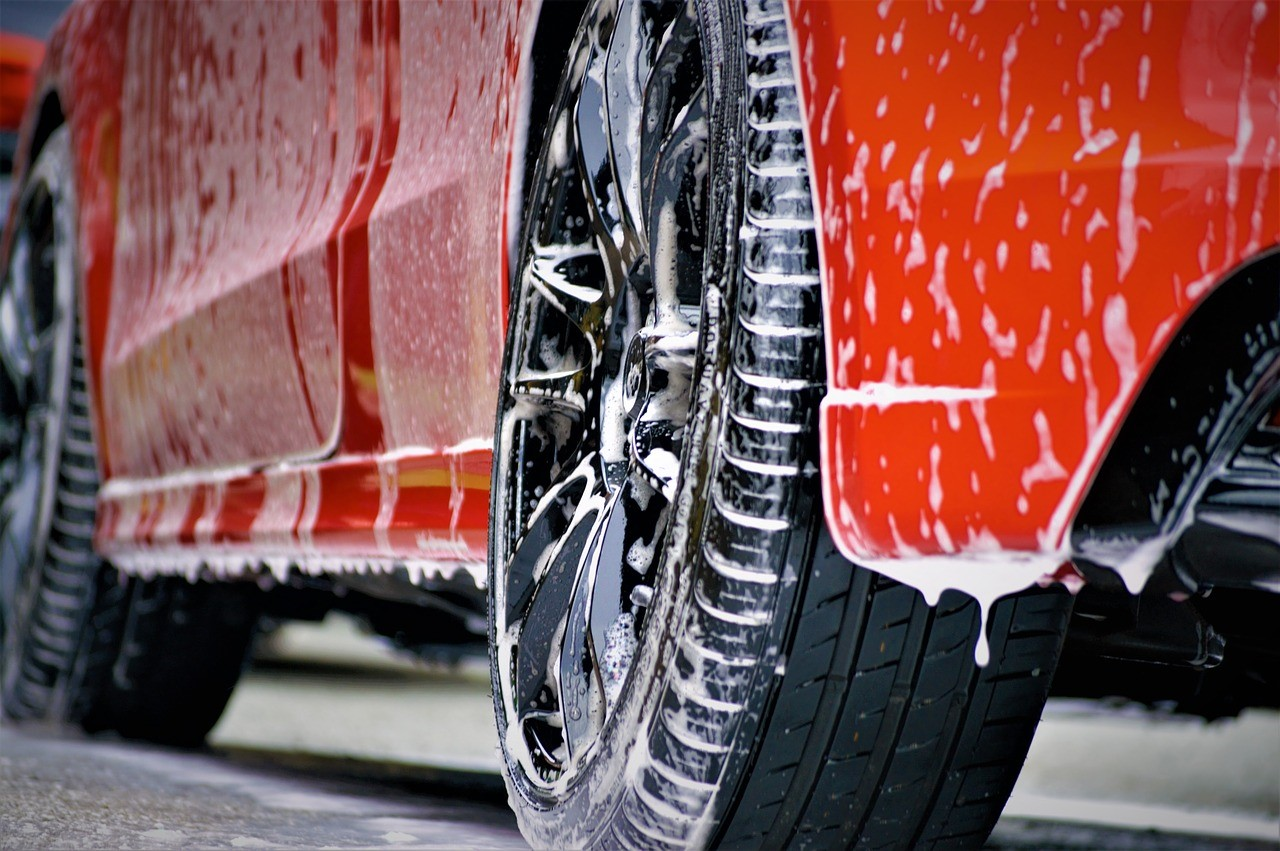 What Type of Car Wash Franchise Is Right for You?