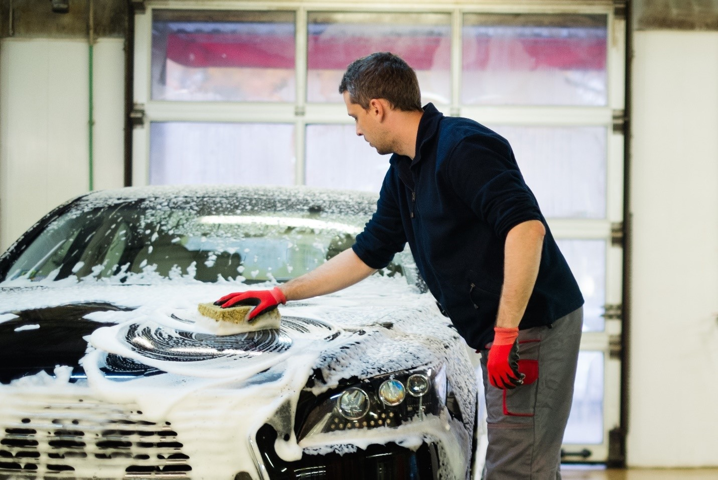 What is the Best Way For Your Customers to Wash Their Cars Using Your Car Wash Supplies?